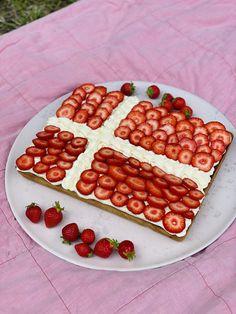 Vegetarian Barbecue, Barbecue Recipes, Vegetarian Cooking, Cooking Recipes, Cooking Tips, Norwegian Food, Norwegian Recipes, Cake Recipes, Dessert Recipes