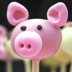 Pig Cake Pop.  Not even trying this cuz it'll NEVER look like this!