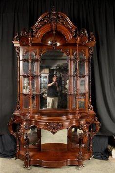 Rosewood Rococo étagère With Bonnet Top