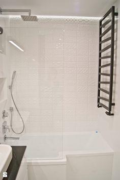 Elegancka i klasyczna łazienka - zdjęcie od Base Architekci Alcove, Bathtub, Bathroom, Standing Bath, Washroom, Bathtubs, Bath Tube, Full Bath, Bath