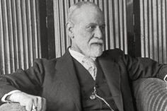 Sigmund Freud played a major role in the development of psychology. Learn more about him in these ten interesting and revealing facts about his life.