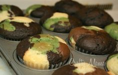 camo cupcakes.  must think of a reason to try this