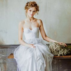 Simply gorgeous spring bridal session editorial shoot.