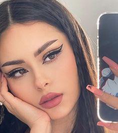 Edgy Makeup, Makeup Eye Looks, Eye Makeup Art, Cute Makeup, Pretty Makeup, Makeup Inspo, Skin Makeup, Makeup Inspiration, Beauty Makeup