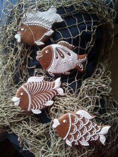 Fish Cookies, Fancy Cookies, Iced Cookies, Cute Cookies, Cupcake Cookies, Gingerbread Ornaments, Gingerbread Decorations, Christmas Gingerbread House, Noel Christmas