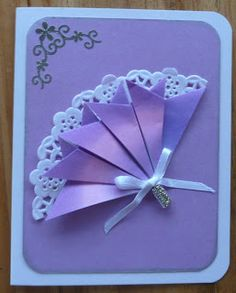 After I showed the ladies at craft how to do the arrow fold, one of them - Andrea - came up with this design for a lovely fan card. It uses...