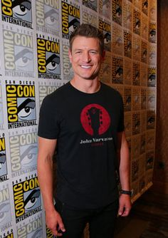 Philip Winchester Interview: The Player and '80s Style Action #philipwinchester