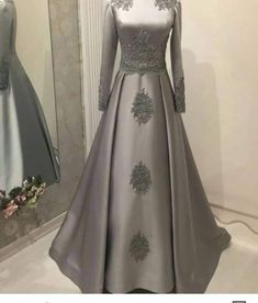 New dress brokat hijab long sleeve ideas – Hijab Fashion 2020 Hijab Gown, Hijab Dress Party, Party Dresses, Party Skirt, Homecoming Dresses, Prom Dress, Dress Skirt, Skirt Fashion, Hijab Fashion