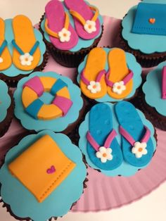 Doces Poll Party, Bolos Pool Party, Swimming Cake, Peppa Pig, Beach Party, Birthday Party Themes, Party Time, Cupcake Cakes, 3 D