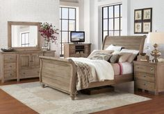 https://i.pinimg.com/236x/98/ef/4b/98ef4b5030b59dc1f0d46365dbd18e55--pictures-of-summer-queen-bedroom-sets.jpg