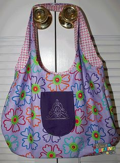 reversible bag tutorial featuring tickish and amelia by me and my sister designs Hobo Bag Patterns, Quilt Binding Tutorial, Barn Quilt Designs, Sewing Projects For Beginners, Fun Projects, Crossover Bags, Denim Bag, Quilted Bag, Fabric Bags
