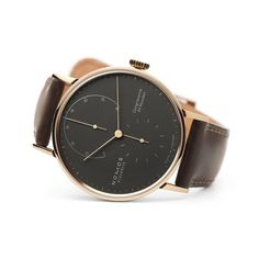 Lambda 39 samtschwarz sapphire crystal back | Beautiful watches purchased online. Directly from NOMOS Glashütte.