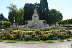 Square Lucien Beaufrère à Vierzon. Jardin Art déco Classé Monument Historique