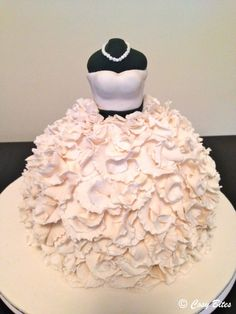 wedding dress cake | Wedding Dress Cake Inspired by Vera Wang Gown