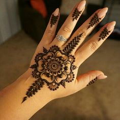 Wedding Day Henna Tattoo #MehendiMandalArt
