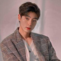 Handsome Korean Actors, Handsome Boys, Best Kdrama, Korean Babies, Kim Jisoo, Foto Jungkook, Kdrama Actors, Korean Men, Asian Actors