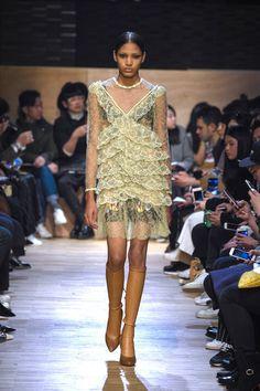 Pin for Later: Die 12 größten Modetrends der Fashion Weeks Herbst/Winter 2016  Givenchy Herbst/Winter 2016