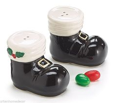 NEW Santa Boot Black Ceramic Salt & Pepper Shakers Christmas burton & BURTON #burtonBURTON