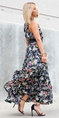 #fall #street #style | Black Floral Maxi Dress