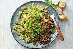 Broccolischotel met paddenstoelen en gehakt - Recept - Allerhande