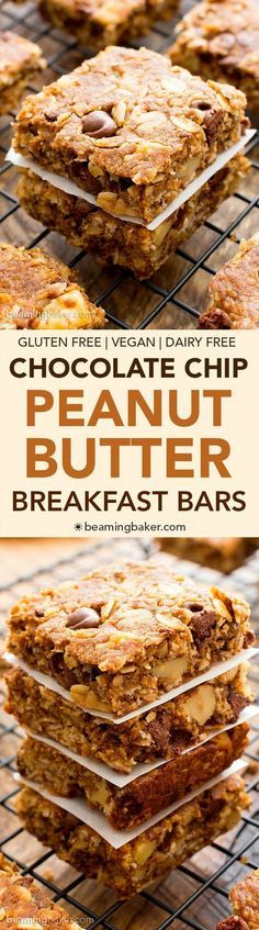 Peanut Butter Chocolate Chip Oatmeal Breakfast Bars (V+GF): a simple recipe for deliciously textured oatmeal breakfast bars bursting with peanut butter and chocolate flavor. #Vegan #GlutenFree #DairyFree   http://BeamingBaker.com