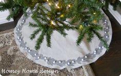 Pottery Barn inspired felt leaf tree skirt