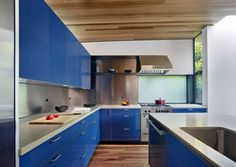 we wont do any color, but it doesn't mean it doesn't look great! Bal House / Terry & Terry Architecture