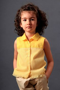 Girls summer cotton blouse without sleeves with collar, perfect for hot summer days because of the top layer of sheer transparent fabric.  The toddler girls summer top is made of cotton, opens with 6 yellow flower buttons at the front part and it is a great complement to both pants or a skirt. For stylish everyday use.    If you have any questions don't hesitate to ask! :)    All the measurements are measurements of the body, NOT of the clothes/garment.    Body Measurements:    92 / 2 years…