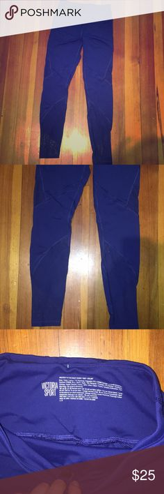 Victoria's Secret mesh Sport leggings Amazing condition Victoria secret workout pants. High rise, no slipping! Looks flattering with the mesh for air when working out Victoria's Secret Pants Leggings
