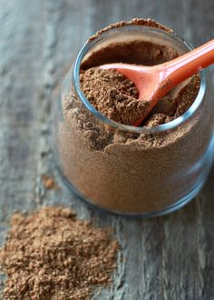 Homemade Pumpkin Pie Spice Mix - Use it in your homemade baked apple sauce, in smoothies, pumpkin muffins. Remember, when you replace spices you've run out of or buy new ones go for a quality, organic brand. Homemade Pumpkin Pie, Homemade Spices, Homemade Seasonings, Best Pumpkin, Pumpkin Pie Spice, Pumpkin Recipes, Fall Recipes, Real Food Recipes, Cooking Recipes