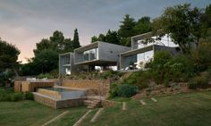 """See the """"Maison Le Cap"""" Concrete & Glass Residence in Toulon, France"""