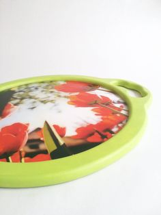Bandeja Floral con resina. Tray, Floral, Home Decor, Trays, Resin, The Creation, Decoration Home, Room Decor, Flowers