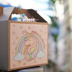 Unicorn Sticker - Party Box - Kraft Lunch Box - Party Favor - Kids' Party Ideas - Partyalphabet.gr #unicornparty #unicornstickers #partyfavors #partyideas