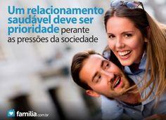 Familia.com.br | Sociedade e família: Um relacionamento saudável deve ser prioridade perante as pressões externas #Relacionamento #Prioridade