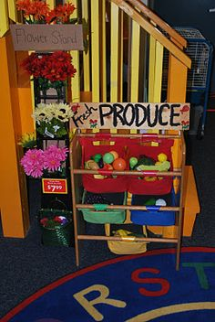 Great ideas for setting up your classroom for youngsters with fun things like fake food! :)