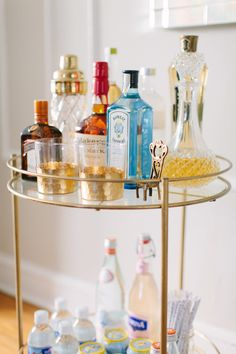 20 things you need to have for impromptu entertaining: a well-stocked bar