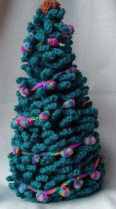 crochet xmas tree