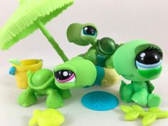 Littlest Pet Shop Trio of Green Turtles #187 #1148 #2607 w/Umbrella Accessories…