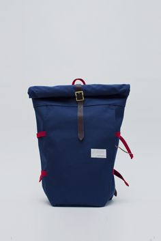 navy cycling pack