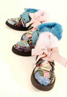 Amazing multi-coloured snake effect kids footwear from Mimisol for fall 2014 kidswear