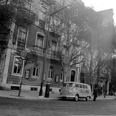 Largo de D.ª Estefãnia, 11, Lisboa (A. Goulart, 1961)