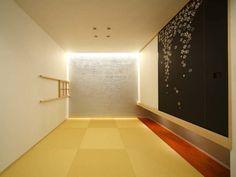 和室: 6th studio / 一級建築士事務所 スタジオロクが手掛けたtranslation missing: jp.style.多目的室.modern多目的室です。