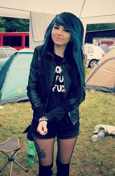 #blue  #black #dyed #scene #hair #pretty