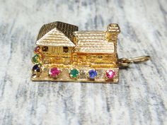 Vintage 14k Gold House Charm 14k Gold Log Cabin by BelmarJewelers