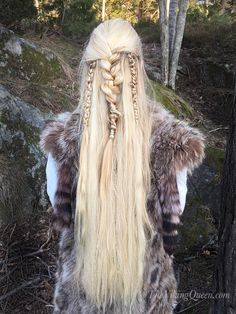 Viking Braids for a Forest Ritual by The Viking Queen Couleur Ombre Hair, Pretty Hairstyles, Braided Hairstyles, Viking Queen, Elven Queen, Medieval Hairstyles, Viking Braids, Fantasy Hair, Fantasy Makeup