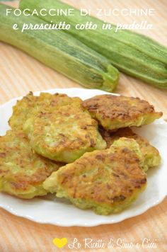 Focaccine di zucchine e prosciutto cotto in padella
