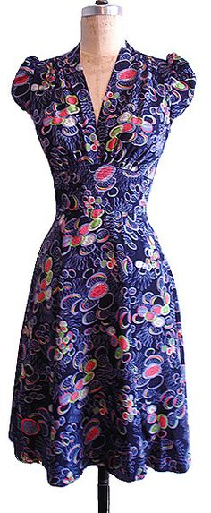Ashley dress in Crazy Circles