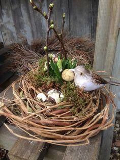 Osterei....selbst gewickelt aus zweigen Easter Crafts, Wicker Baskets, Grape Vines, Terrarium, Diy, Home Decor, Flowers, Branches, Crafting