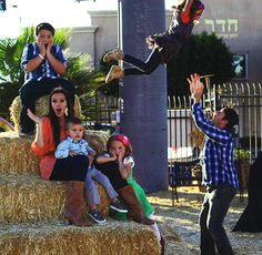 Family's forever in this family! Shaytards, Funny People, Butler, Youtubers, My Love, Disney, Beautiful, Youtube