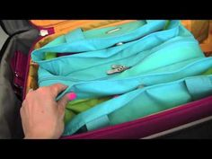 How to Organize Luggage & Travel Bags Car Trip Organization, Home Organisation, Organizing Tips, Car Travel, Travel Luggage, Travel Bags, Packing Tips For Travel, Travel Essentials, Chen